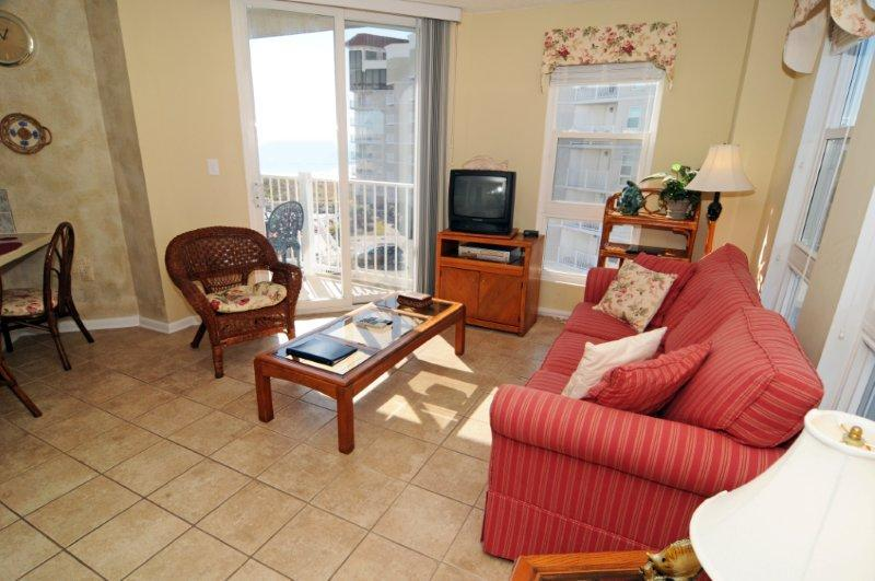 Living Room - St. Regis 3201 Oceanfront! | Indoor Pool, Outdoor Pool, Hot Tub, Tennis Courts, Playground - North Topsail Beach - rentals