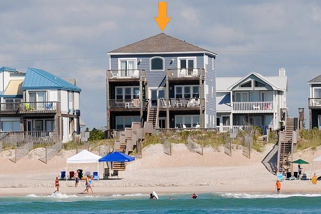 I'm on a boat! - Island Drive 4384 Oceanfront!   Hot Tub, Jacuzzi, Elevator, Internet - North Topsail Beach - rentals