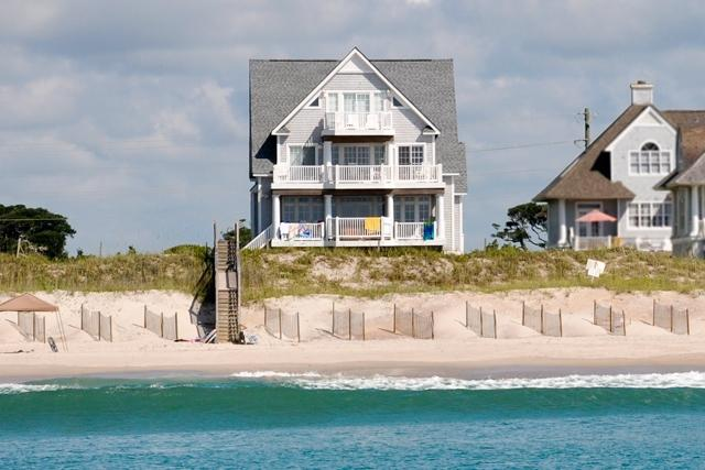 I'm on a boat! - Island Drive 4318 Oceanfront! | Internet, Community Pool, Hot Tub, Elevator, Jacuzzi, Fireplace - North Topsail Beach - rentals