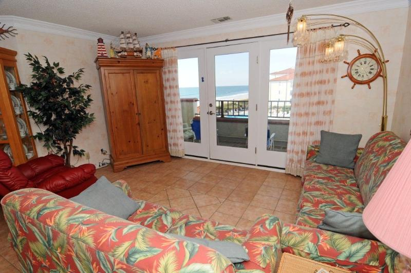 Living Room - Villa Capriani 312-B Oceanfront | 3 Pools, Largest Pool on NC Coast, 2 Hot Tubs, Grill Area, Tennis Courts, Restaurant, Internet - North Topsail Beach - rentals