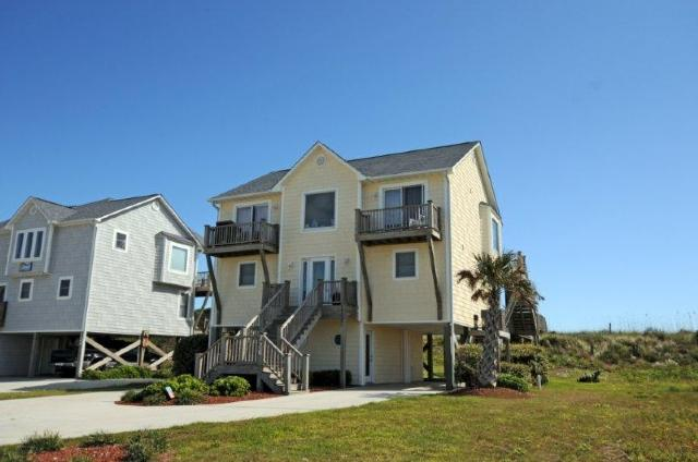 726 Sunrise Court - Sunrise Court 726 Oceanfront! | Pet Friendly, Internet, Jacuzzi, Wedding Friendly - Surf City - rentals
