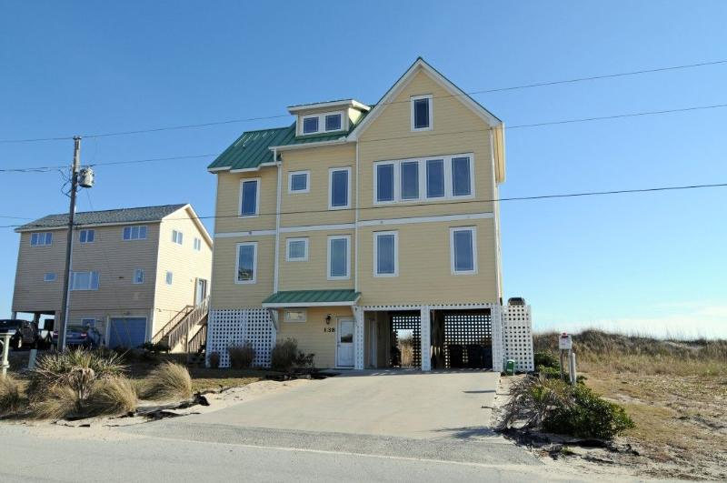 138 Topsail Rd - Topsail Road 138 Oceanfront! | Hot Tub, Internet, Fireplace - North Topsail Beach - rentals