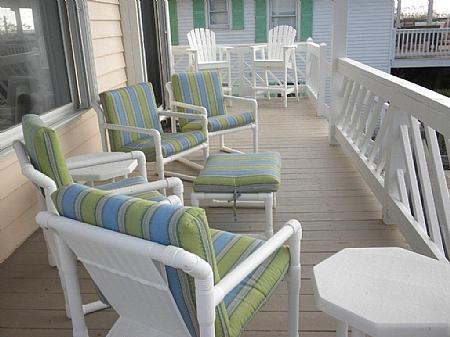 Sundeck off of living room - Irish Blues - Topsail Beach - rentals