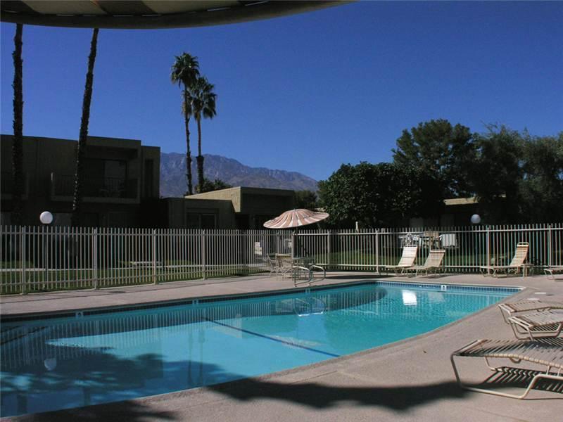 Villa De Las Flores 0120 - Image 1 - Palm Springs - rentals