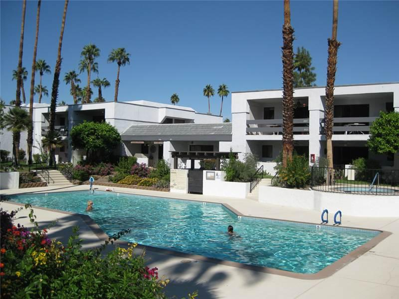 Palm Canyon Villas 0428 - Image 1 - Palm Springs - rentals