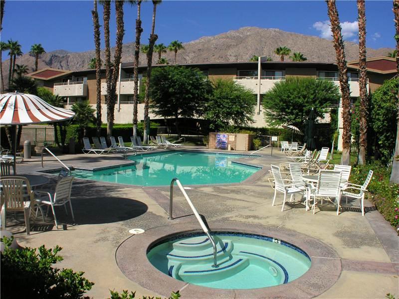 Biarritz Serene Getaway BI047 - Image 1 - Palm Springs - rentals