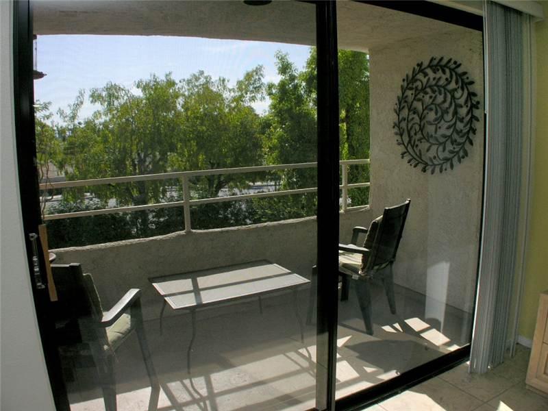 Biarritz Cozy Getaway BI002 - Image 1 - Palm Springs - rentals
