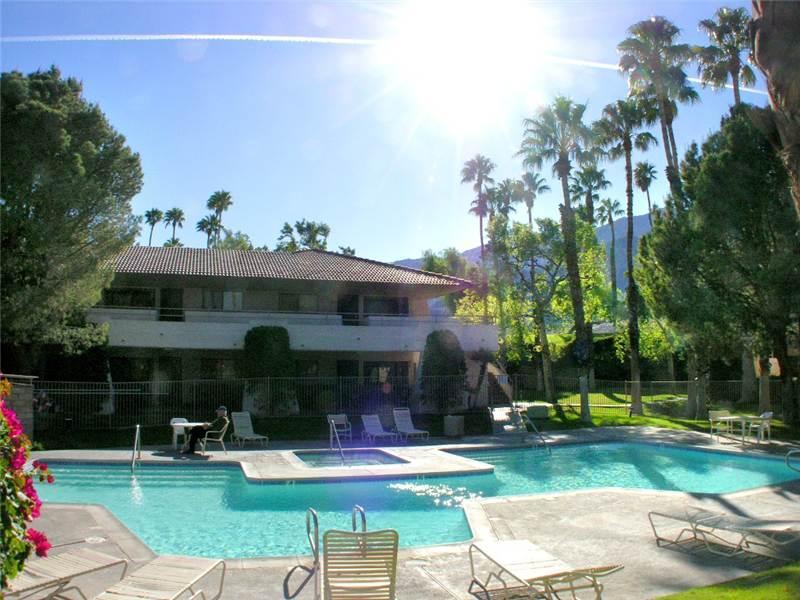 PS Villas II Comfort PS134 - Image 1 - Palm Springs - rentals