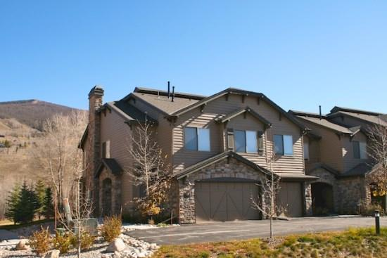 Trout House exterior - Trout House - Beutiful 4 bedroom on the Blue River - Silverthorne - rentals