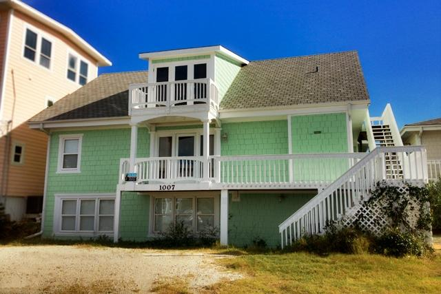 Street Side - N. Anderson Blvd 1007 -8BR_SFH_OF_18 - North Topsail Beach - rentals