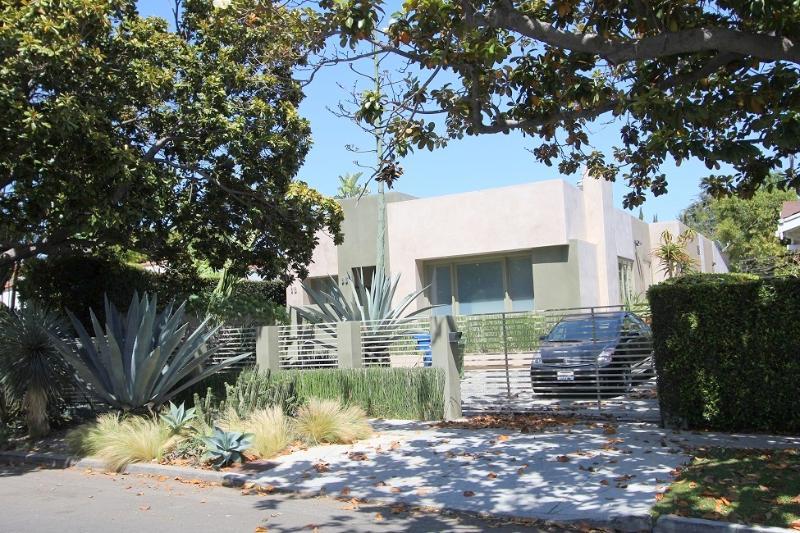 West Hollywood Modern Luxury 2 bedroom 2 bathroom  (4130) - Image 1 - Los Angeles - rentals