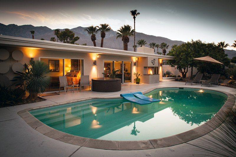 Pool and Backyard View at Dusk - Holy Toledo - Palm Springs - rentals