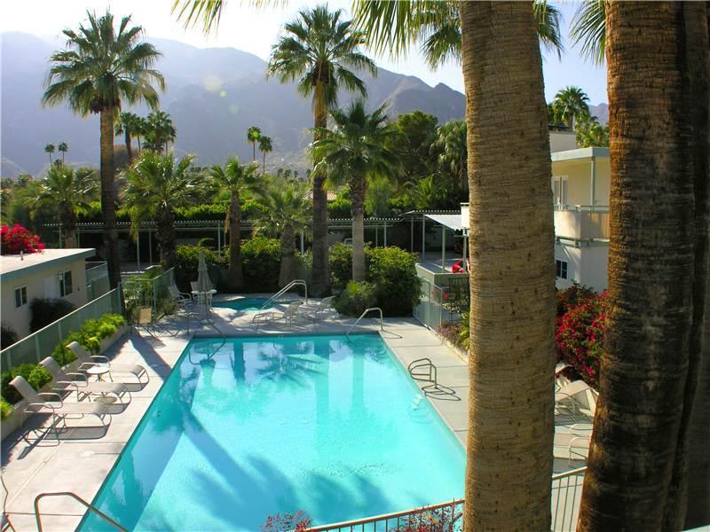 Villa Hermosa Retro Hideaway - Image 1 - Palm Springs - rentals