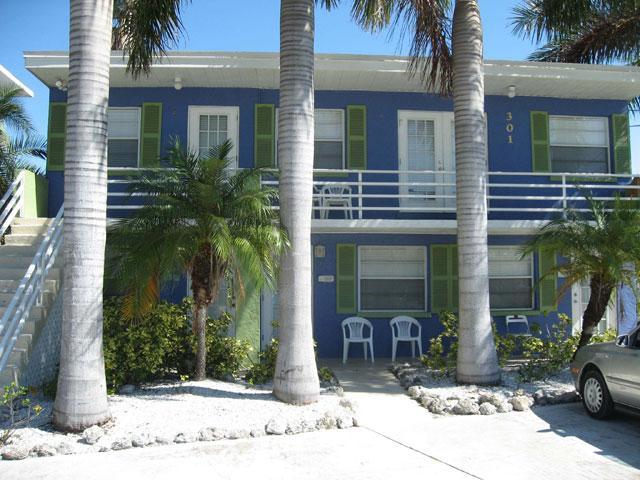 Villas by the Sea #3 - Image 1 - Bradenton Beach - rentals