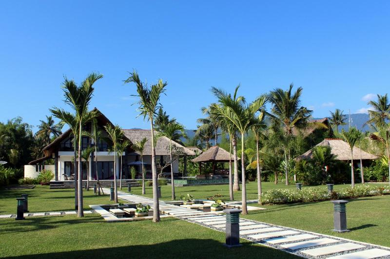 Front view from the beach - Beachfront Luxury Villa in the North Bali - Seririt - rentals