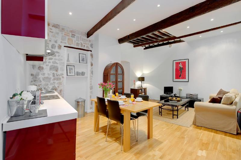 Pebble Loft- Spacious and Spectacular 1 Bedroom Vieux Nice Apartment - Image 1 - Nice - rentals