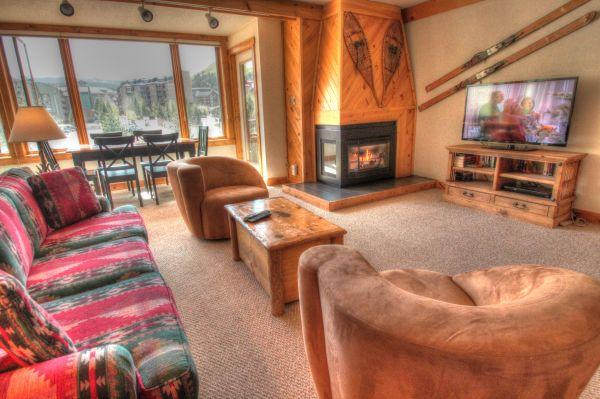 SH404 Summit House 2BR 2BA - Center Village - Image 1 - Copper Mountain - rentals