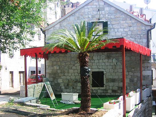 Traditional surrounding holiday villa, Split - Image 1 - Split - rentals