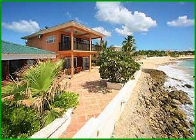 Beachfront Villa in Beacon Hill, a short walk to nightlife & restaurants - Image 1 - Saint Martin-Sint Maarten - rentals