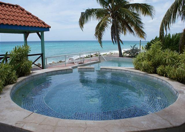 Located right on the beach in prestigious Pelican Key lays Il Punto Blu. - Image 1 - Saint Martin-Sint Maarten - rentals