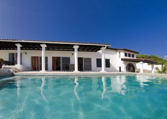 Spectacular, 4 Bedroom, 4 Bathroom villa located in a gated community - Image 1 - Saint Martin-Sint Maarten - rentals