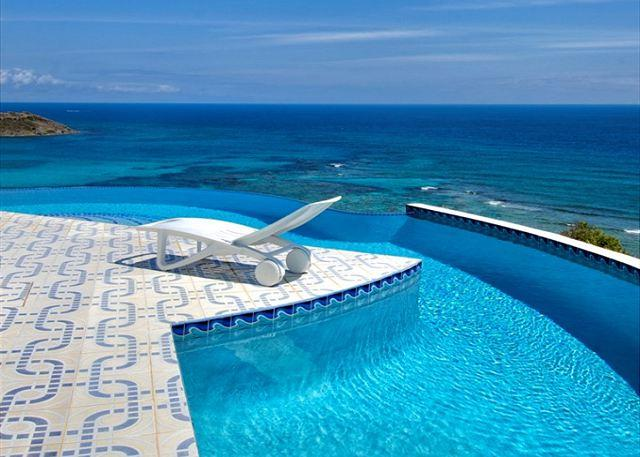 A lovely 3 Bedroom villa with Amazing Views you can not miss! - Image 1 - Saint Martin-Sint Maarten - rentals