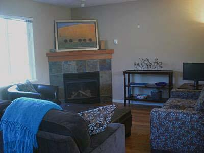 3 Bedroom Town Home in Pemberton Valley and Close to Whister - Image 1 - Pemberton - rentals