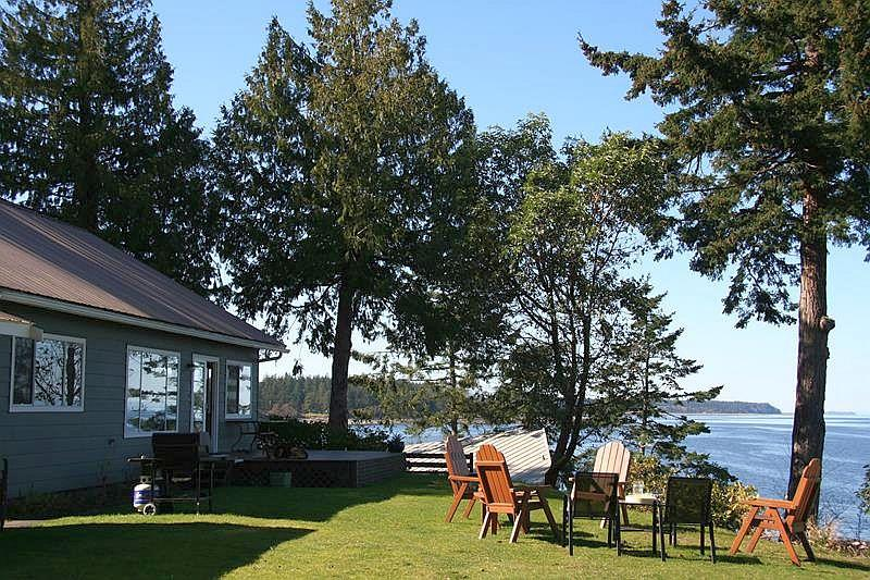 Incredible views from deck and outside yard - 3 Bedorom Denman Island Ocean Front Vacation Home With Incredible View - Denman Island - rentals