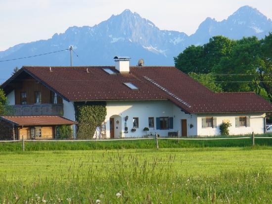 LLAG Luxury Vacation Home in Steingaden - 538 sqft, nice, cozy, quiet, central (# 3482) #3482 - LLAG Luxury Vacation Home in Steingaden - 538 sqft, nice, cozy, quiet, central (# 3482) - Steingaden - rentals