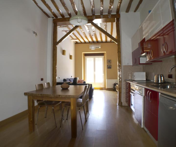 1 bedroom apartment Gran Via Centro - Image 1 - Madrid - rentals