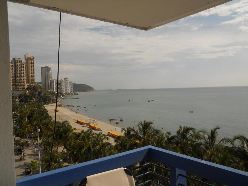 Left view from the balcony - Santa Marta Colombia, Rodadero Apartment - Santa Marta - rentals