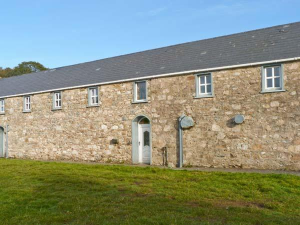 GWEEBARRA APARTMENT, off road parking, village location, close to Dungloe in Doochary, Ref 20727 - Image 1 - Dungloe - rentals