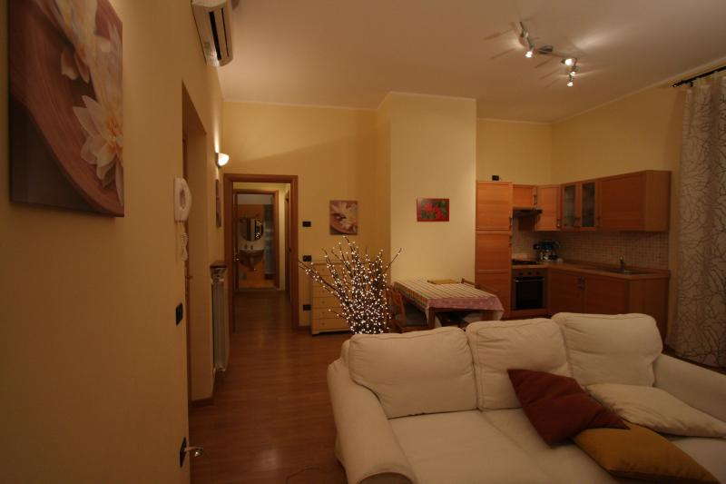 Nice apartment in historic centre,lakeside area - Image 1 - Sarnico - rentals
