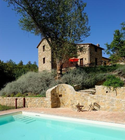 The Molinella complex and pool are in a quiet and beautiful setting, near the woods and a stream - I Casali di Colle San Paolo-Villa, 3 bedrooms. - Tavernelle - rentals