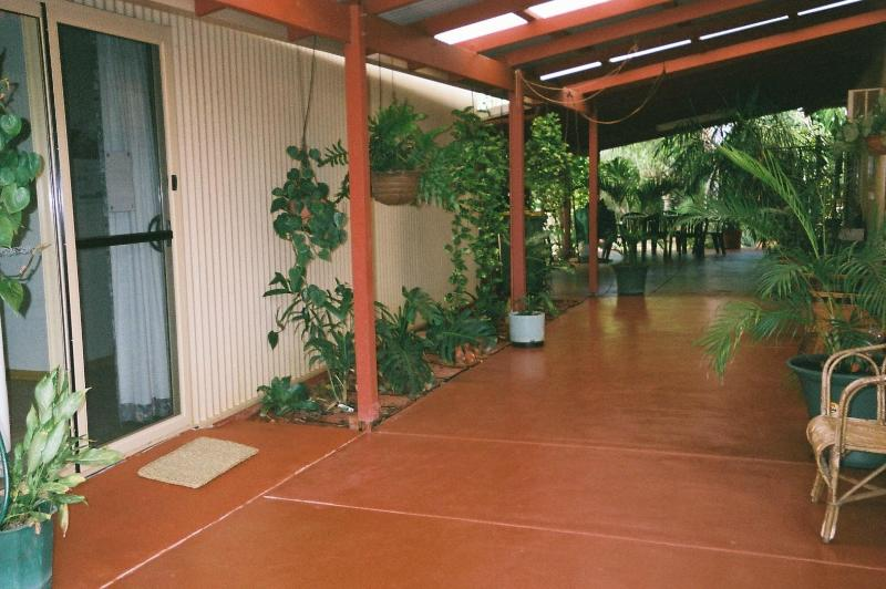 Front Entrance - Chez Marguerites, 1 bedroom unit, Cable Beach - Broome - rentals
