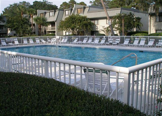 Surf Court 16 - Forest Beach 1st Floor Flat - Image 1 - Hilton Head - rentals