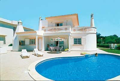 comfortable 4bdr villa 800mts from castelo beach - Image 1 - Albufeira - rentals