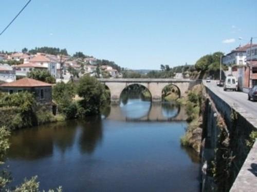 Roman bridge in Coja - Charming cottage, Coja, Arganil, river beach 200m - Arganil - rentals