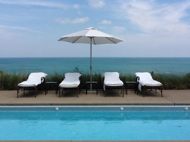 Pool with Lake Michigan in Background - 5 Bdrm 3 Bth Lake Michigan Waterfront Private Pool - Chesterton - rentals
