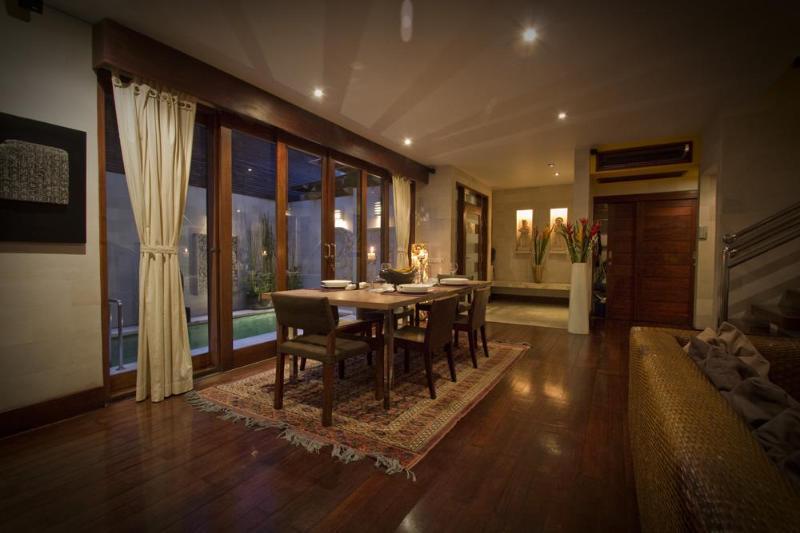 Dining Area - Villa Raja - Luxury in Top Location 2 min to Beach - Seminyak - rentals