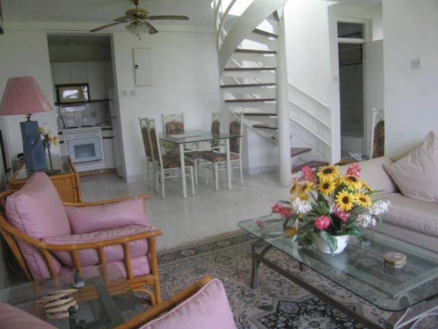 living area - Seacastles  Beach Penthouse  apartment - Montego Bay - rentals