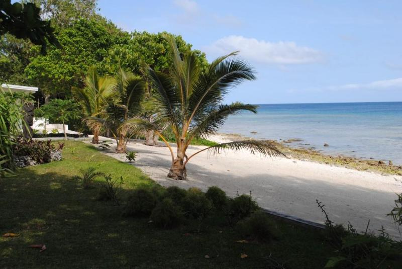 Beach - Beachfront Villas with great snorkeling - Port Vila - rentals