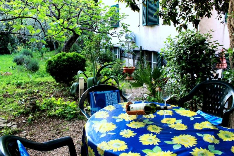 Apartment with garden near centre of Split - Image 1 - Split - rentals