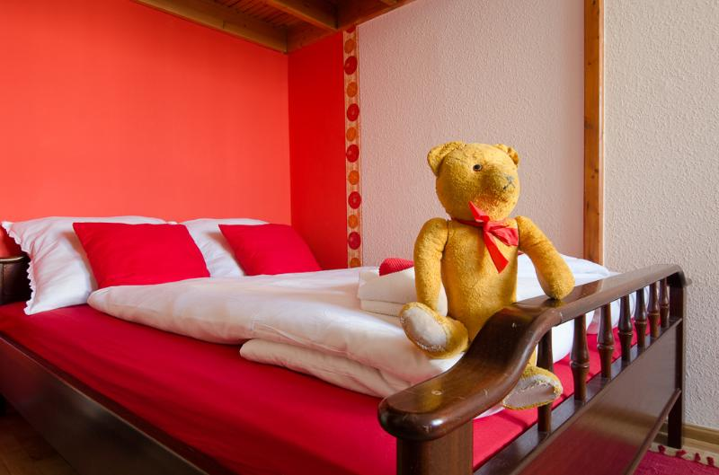 Queen size double bed - Green Dream Palatinus Apartment - Margaret bridge - Budapest - rentals