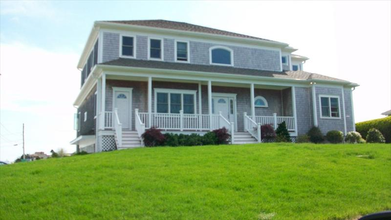 Overlooking scenic, Historic Hyannis Harbor - 2 Railway Bluffs - West Yarmouth - rentals