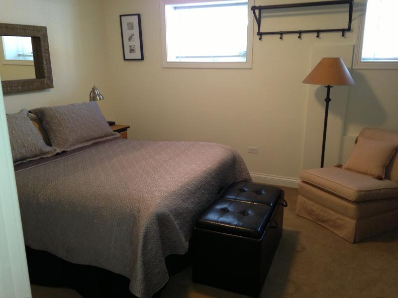 Bedroom - Private suite on the north side of Chicago - Chicago - rentals
