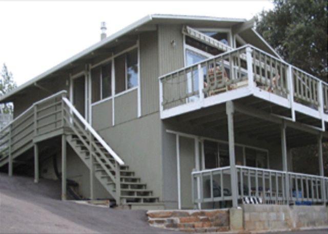 Comfortable Home Near Lake, Fishing & Tennis, 3 bedrooms/2 bathrooms - Image 1 - Groveland - rentals