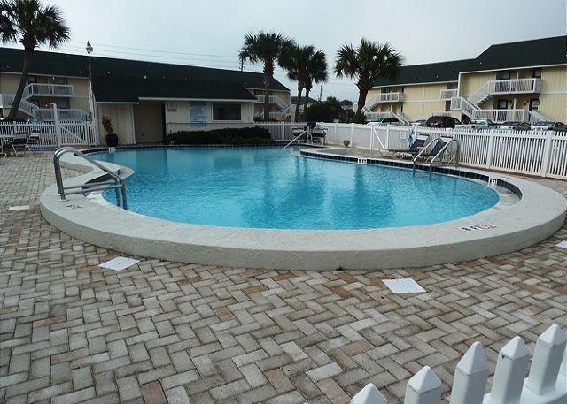 1 of 3 pools - 1st Floor Studio, steps from the Beach! Super cute! Private Beach Access.!!!! - Destin - rentals