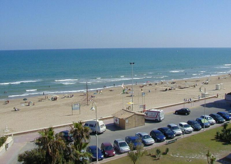 The wonderful beach - Alborada luxury beach front apartment - Guardamar del Segura - rentals