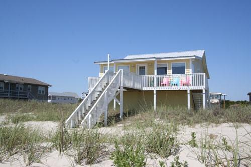 Diamond in the Rough 1025 West Beach Drive - Image 1 - Oak Island - rentals